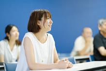 TCJは先生と学生の距離が近く、 授業もアットホームな雰囲気です。
