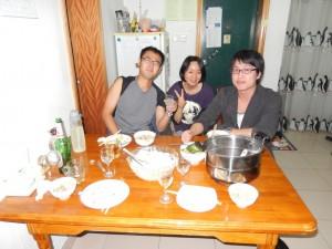 同僚と我が家で夕食